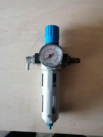 FESTO reduktor ciśnienia powietrza z filtrem odwadniaczem