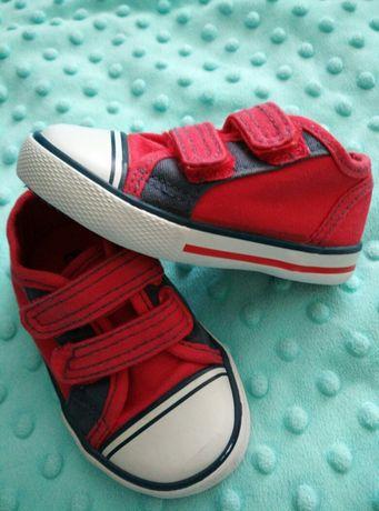 ==Trampki czerwone, tenisówki,buty, dług.wkładki 12,5 cm,na roczek==