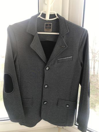 Пиджак трикотажный, р.140