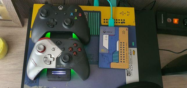 Xbox one x  edycja cyberpunk 2077, dodatki, stan idealny