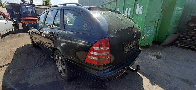 2005 Mercedes W203 2.2 CDI 122KM 646.962 kolor 197U Silnik części
