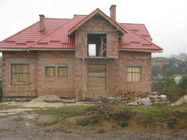 Продам особняк , будинок с. Солонка, 3 км до Львова , котедж