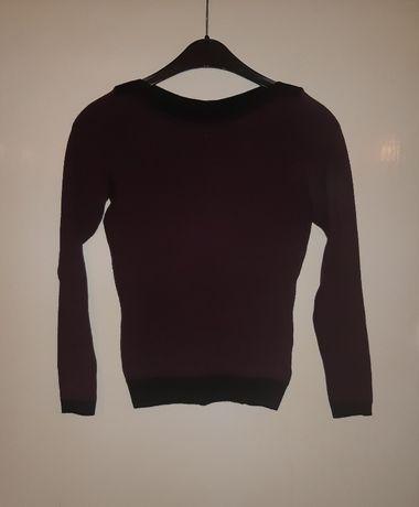 nowy cienki sweter z firmy Reserved rozmiar XS