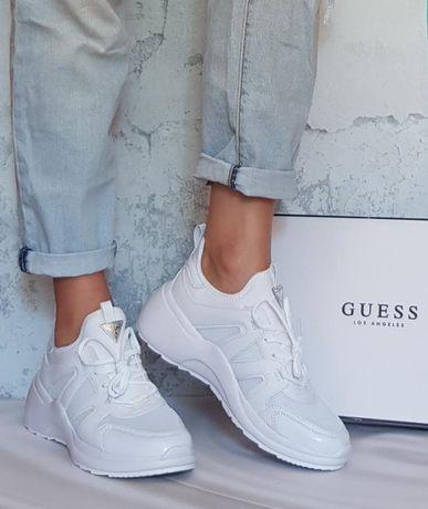 Белые кроссовки бренд Guess р.10
