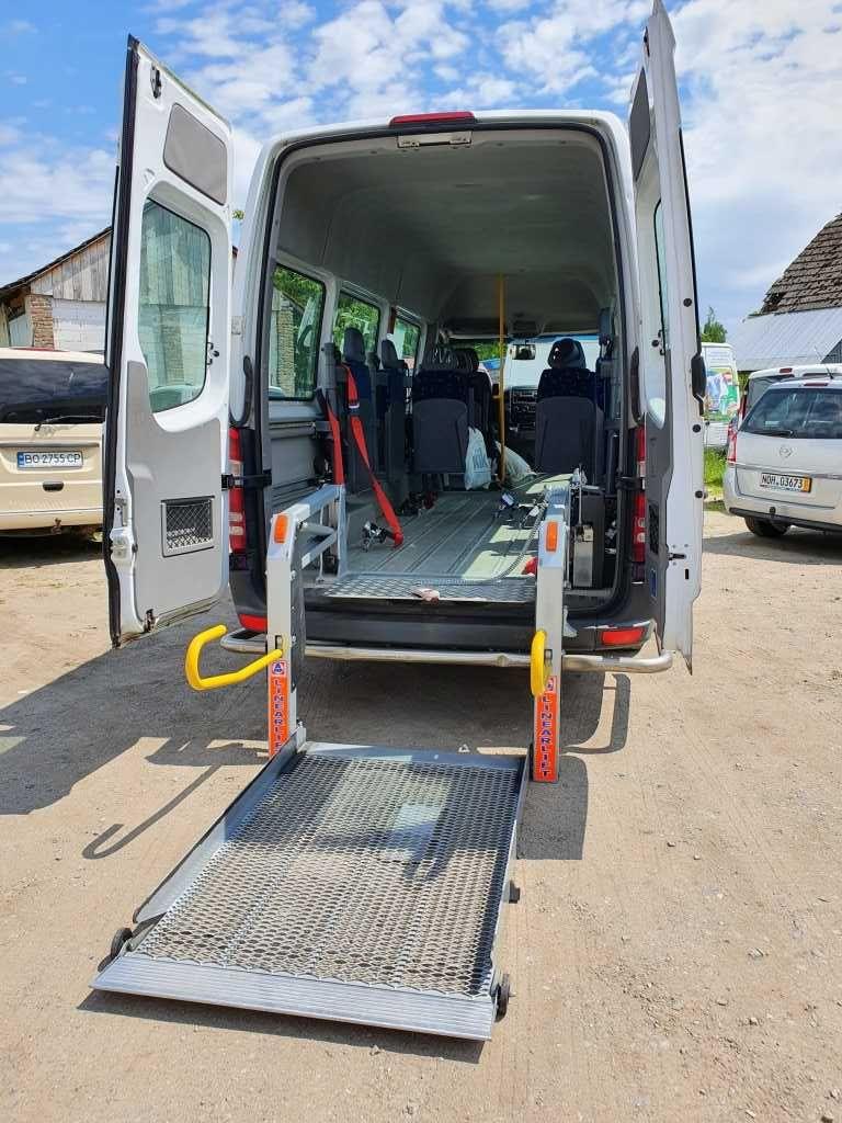 Sprinter для перевезення людей з обмеженими  фізичними можливостями