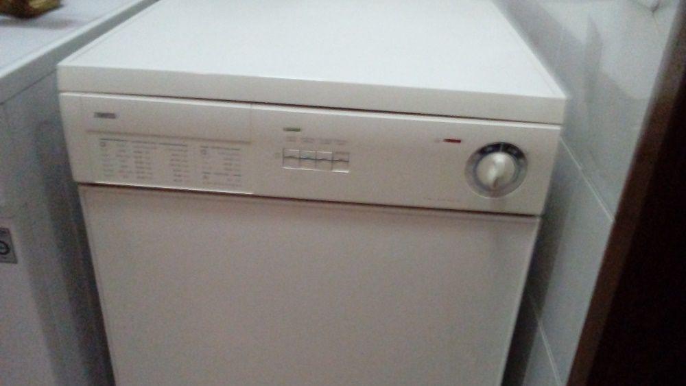 maquina secar roupa zanussi Lordelo - imagem 1