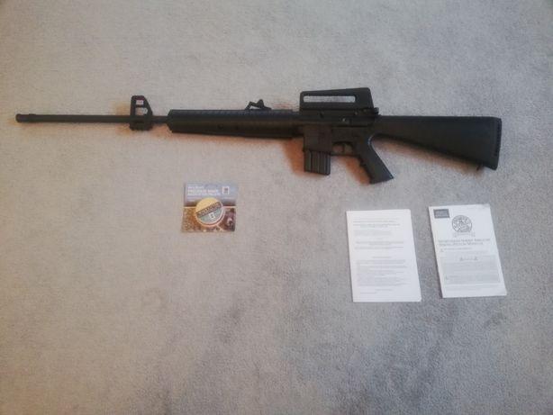 Wiatrówka Replika M4A4 kal. 4,5 mm M16 karabin strzelba pistolet ASG