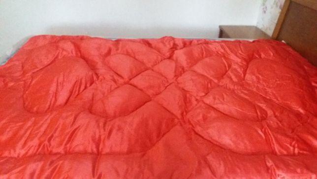 Одеяла полупуховые