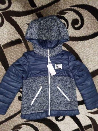 Демісезонна курточка для дівчинки р. 146