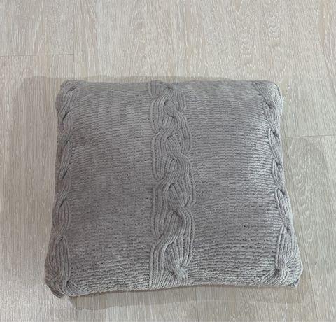 Подушка вязаная декоративная ( 36х36 см )