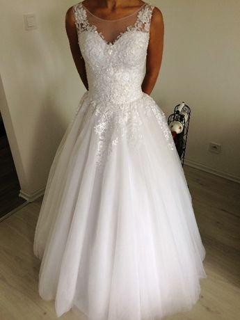 Biała suknia ślubna, , 2018r. XS + 2 welony litera A/princess, koronka