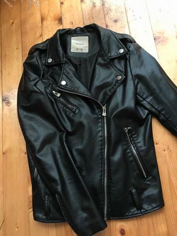 Продам курточки б/у
