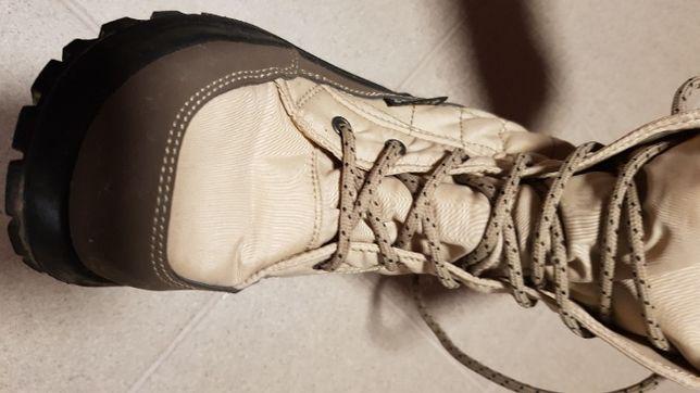 Bezowe buciki dla dziewczynki zimowe 39