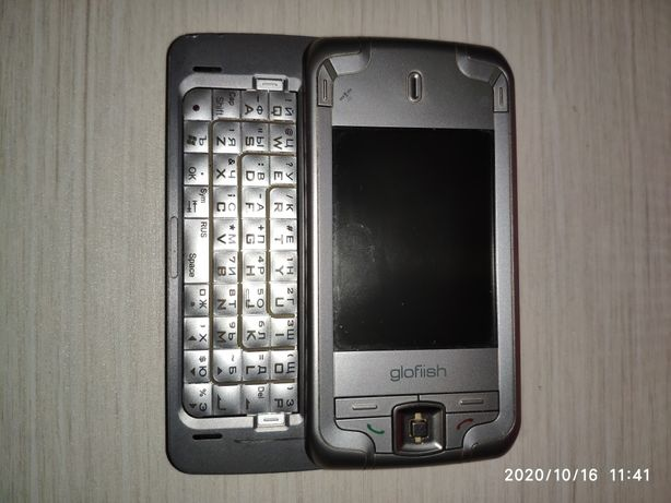 Смартфон Glofiish M700
