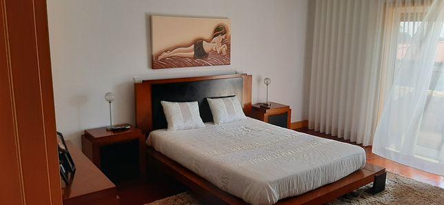 Mobilia de quarto cerejeira