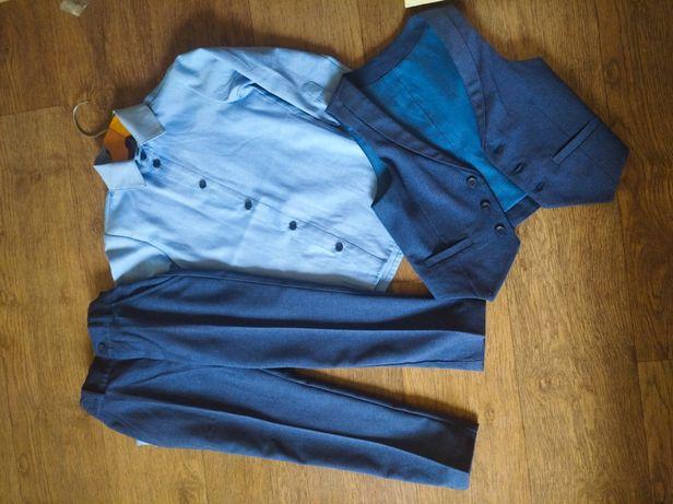 Костюм тройка (брюки, рубашка, безрукавка) на мальчика 4-5 лет