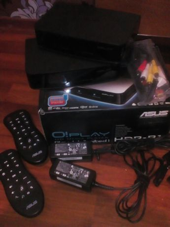 Asus HD media plaer hdp-r1 (2 штуки вместе).