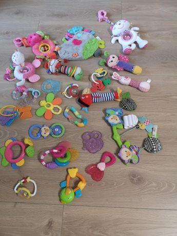 zestaw zabawek dla maluszka 23 szt.