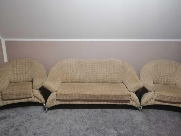 Kanapa + 2 fotele+ pufka