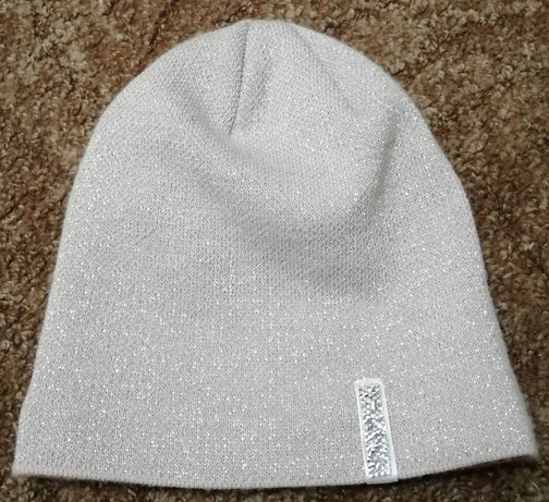 Продам зимнюю шапку на флисе