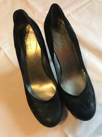 Guess buty zamszowe czółenka na szpilce nr.40