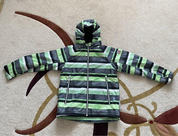 Курточка reima