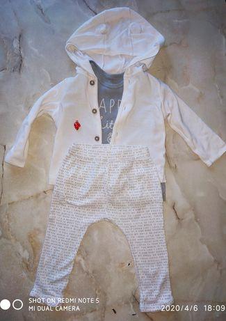 Костюмчик Carter's размер 6-9 месяцев