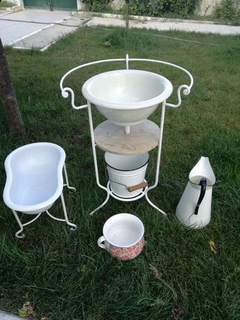 Conjunto completo higiene( lavatório, bidé, pedra, balde, jarro
