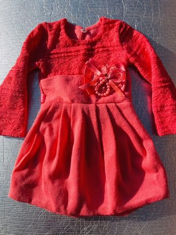 Платье шерстяное зимнее на 2-4 года Венгрия