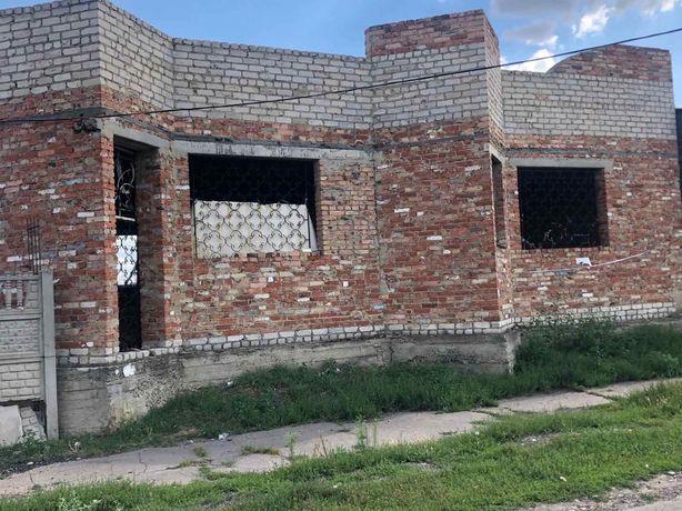 Продам недостроенное здание