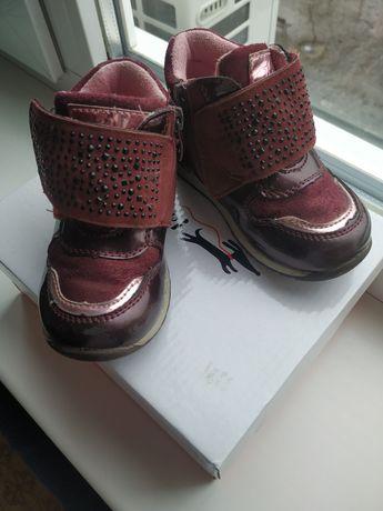 Обувь для девочки хайтопы кроссовки 24 размер 14-15 см
