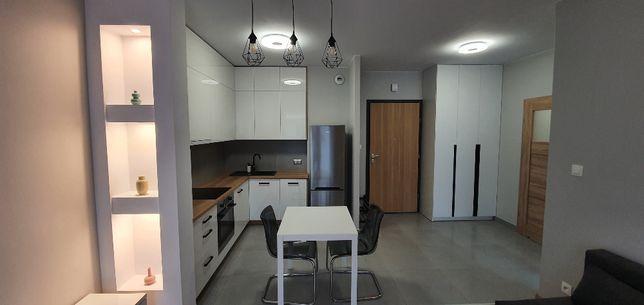 Wynajmę mieszkanie 2pok, garaż, teren zamknięty, Apartamentowiec