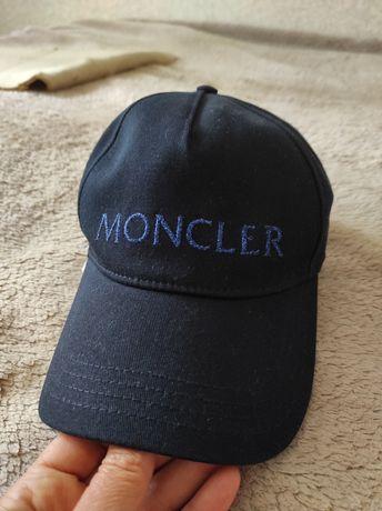Moncler кепка оригинал