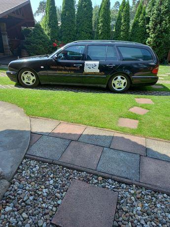 Mercedes Benz E 300 pogrzebowy