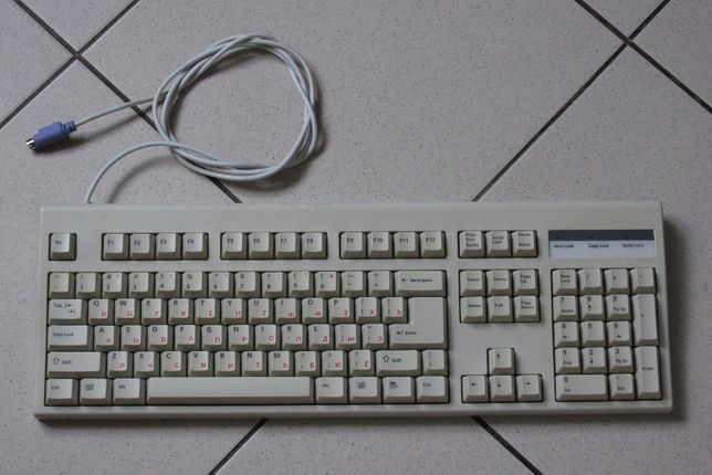 Клавиатура PS/2 made in Korea практически новая