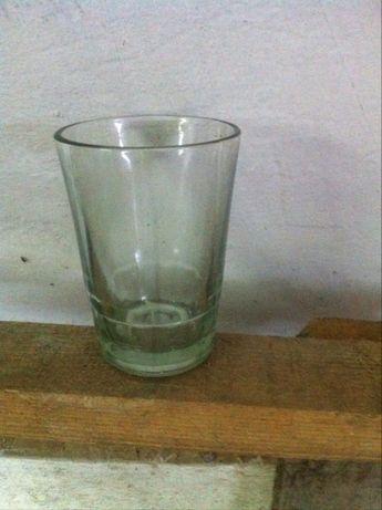 стекленные стаканы