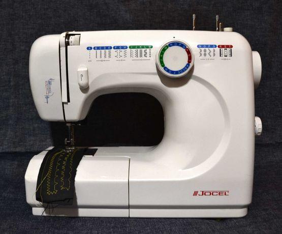 Máquina de costura como nova