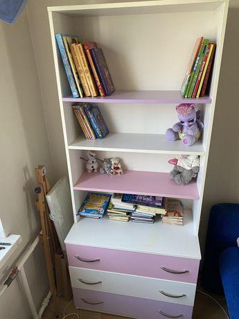 Этажерка или полки для книг или для игрушек