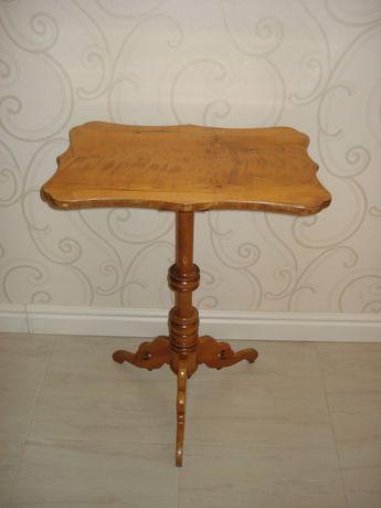 Столик кофейный из карельской берёзы
