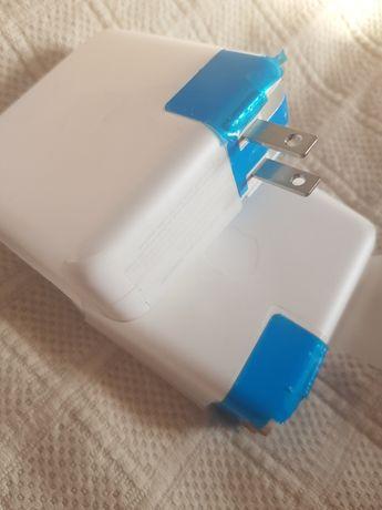 Блок питания A1718 61 Вт Apple