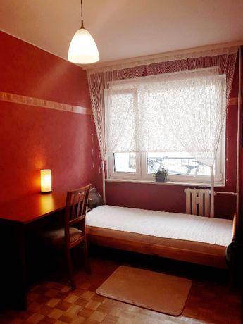 Pokój jednoosobowy Broniewskiego - 750 całość