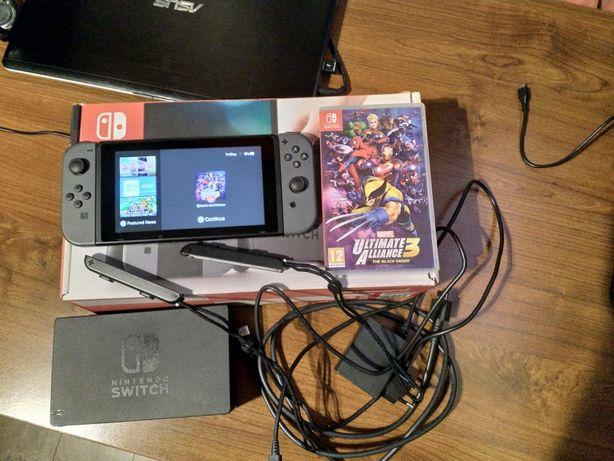 Nintendo switch plus gra Marvel UA3 i pokrowiec