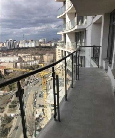 ЛФ-1 Продам 2-комнатную квартиру с террасой в 36 Жемчужине