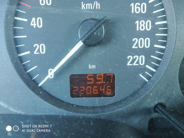 Opel Zafira 1,8 benzyna