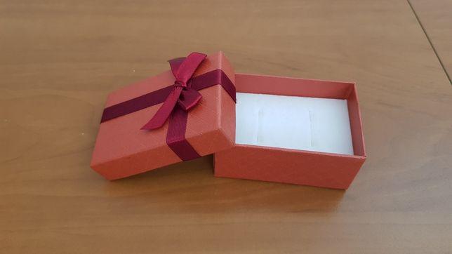 Pudełko na obrączki pierścionki biżuterię