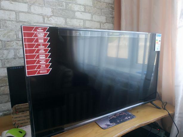 Телевізор Grunhelm GTHD40T2