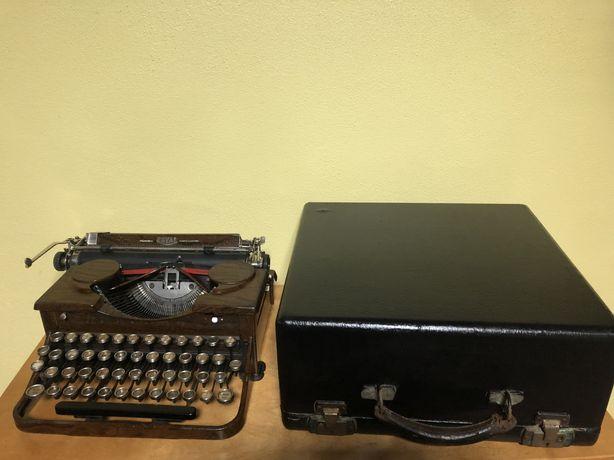 Escrita mecánica. USA. P88. Royal