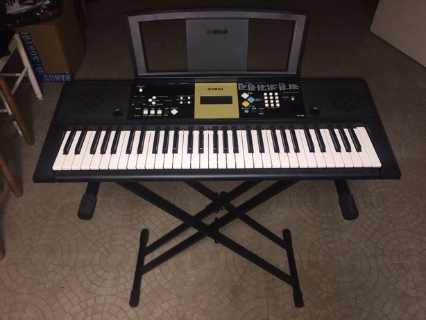 Yamaha PSR-E223/YPT-220 Teclado Digital