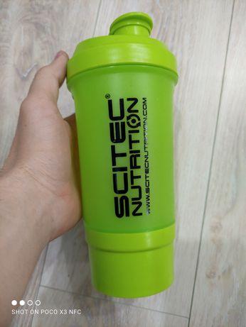 Бутылка шейкер scitec зеленая пластиковая