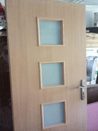 Drzwi wewnętrzne 80 cm prawe